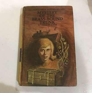 Nancy Drew <Mystery of The Brass-Bound Trunk>