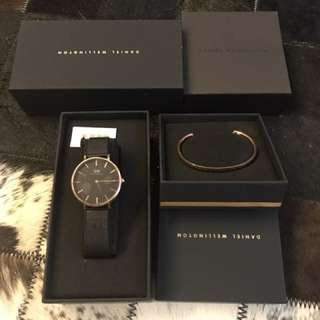 Daniel Wellington 32mm petite black watch +cuff