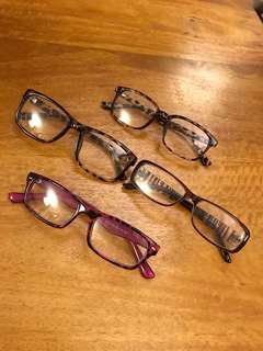Eyewear with no prescription ( 4 for S$15)