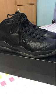 Jordan 10 OVO (Drake)