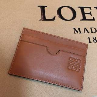 LOEWE ANAGRAM LOGO GENUINE LEATHER CARD HOLDER 100% AUTHENTIC 99% NEW 正貨近全新真皮啡色卡套 男/女 中性款 REAL BROWN CARDHOLDER CASE
