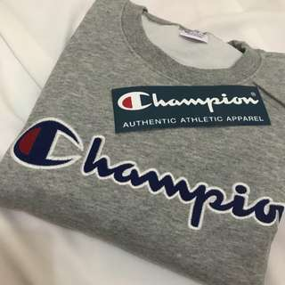 Champion crewneck authentic