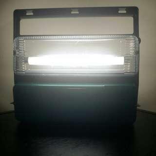 1970至1980年代 接近全新古董手提光管式電筒