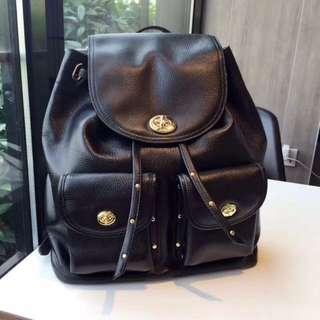 [RS] Coach Turnlock Leather Black Backpack❄️