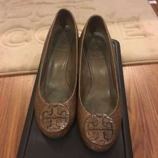Tory Burch wedge shoes size 5.5