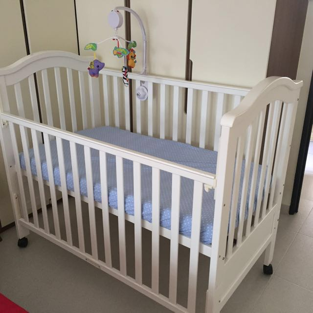 02f315bb53ea3 4 in 1 regine Baby Cot with Latex bedding   Freebies! on Carousell
