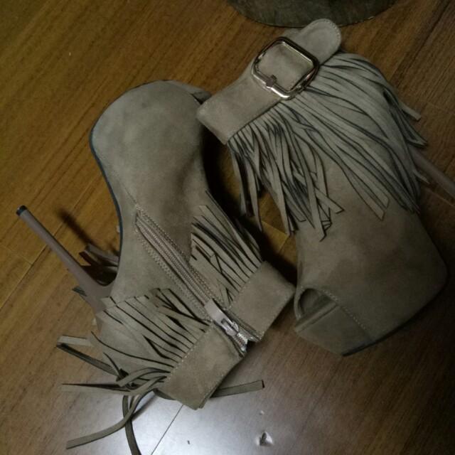 流蘇魚口短靴