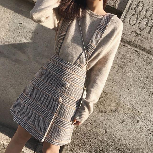 小清新減齡純色內搭上衣格紋連衣裙