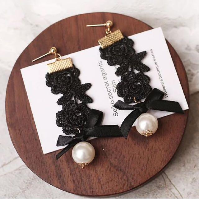 韓 氣質款 蕾絲 珍珠 耳環 預購