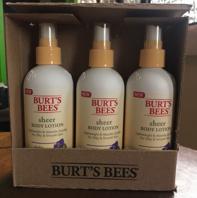 BURT'S BEES Sheer Body Lotion