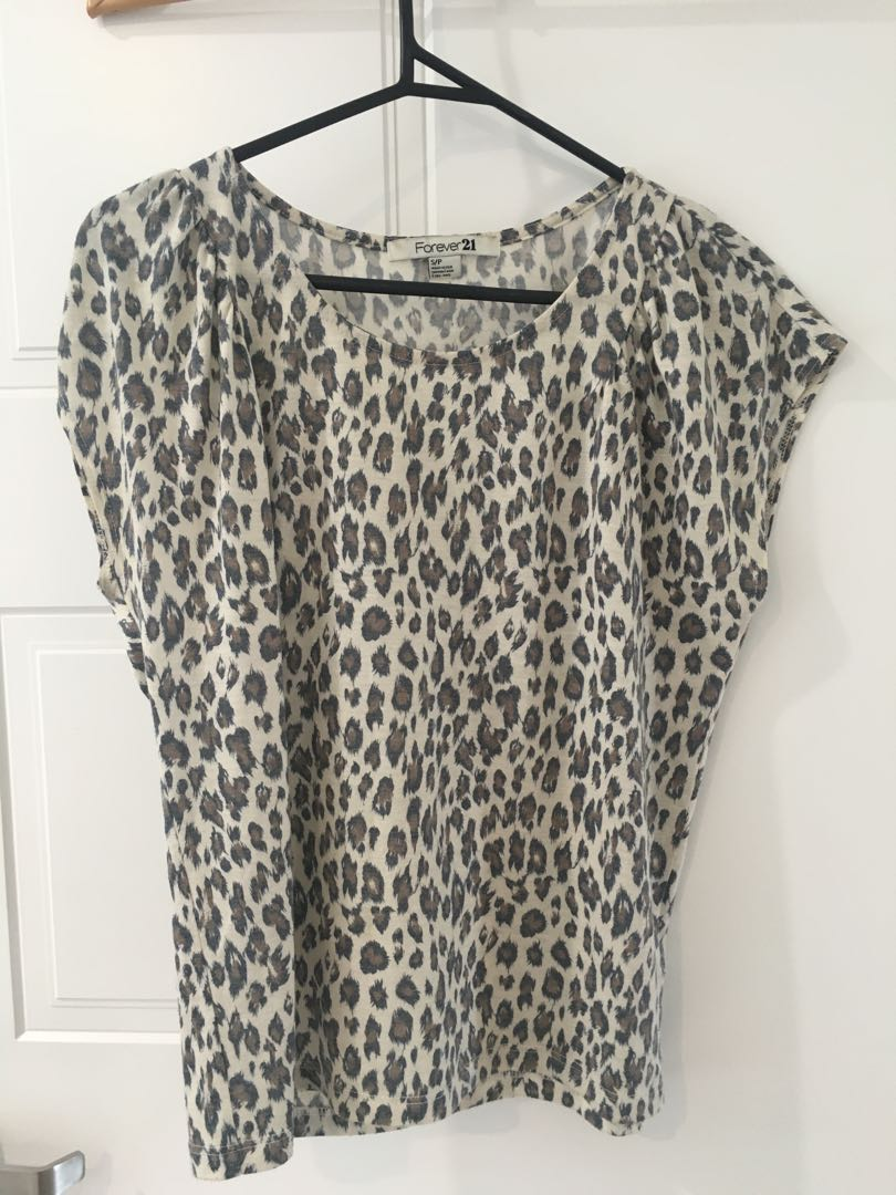 Forever 21 print top