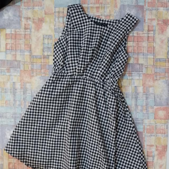 Gingham Dress with Belt