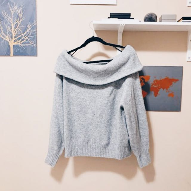 H&M OFF THE SHOULDER KNIT SWEATER
