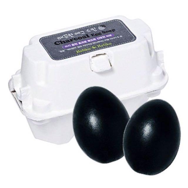 HOLIKA HOLIKA Smooth Egg Skin Charcoal Egg Soap x 2