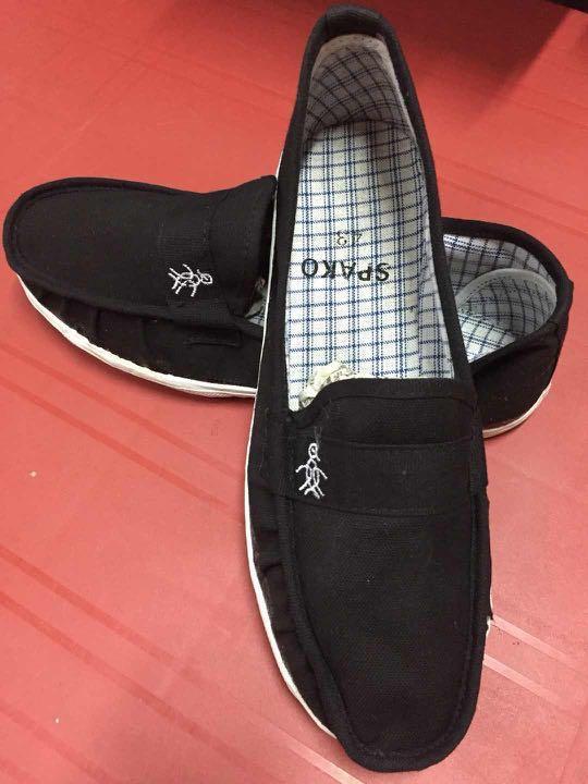 21463ea57ee Kasut Penguin   Spako Kung Fu Sport Shoes. Size AVAILABLE!