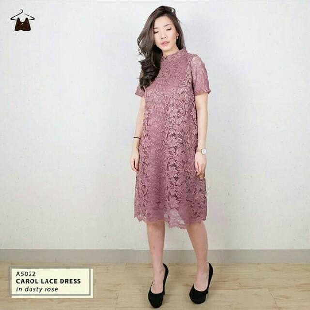 Lace dress masih ada tag