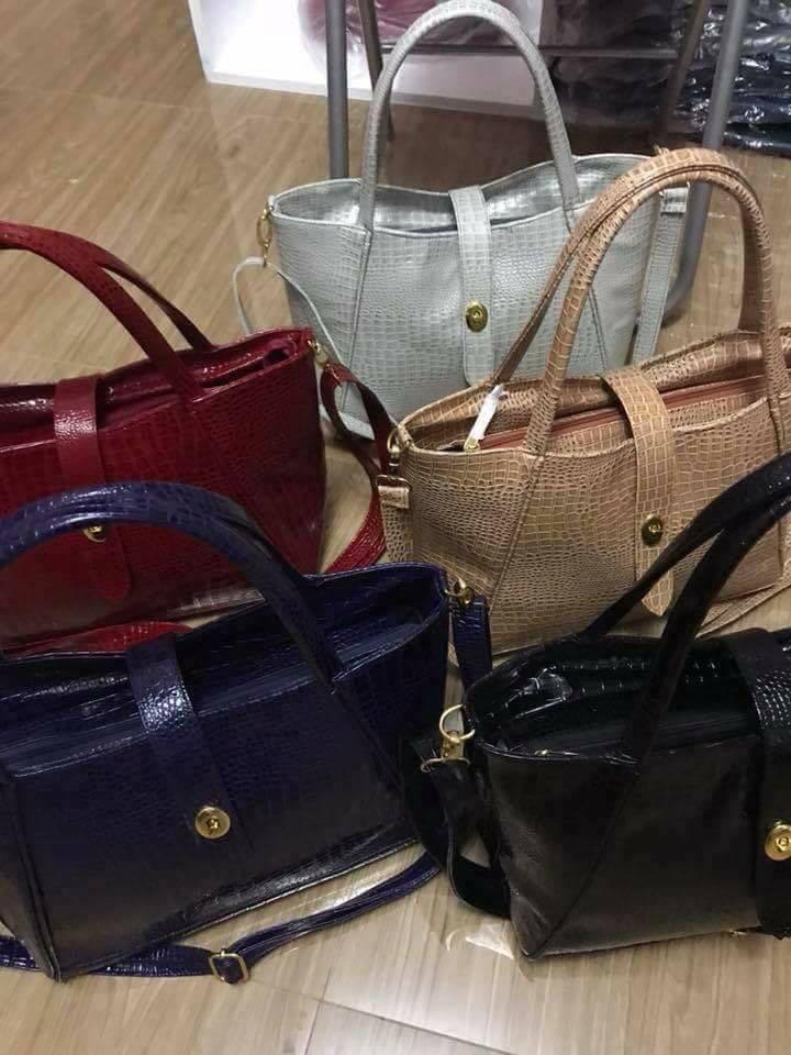 Marie croconshiny restock😍😍😍 Size 15x10x6 Retail 600 🇵🇭Gawang Pinoy Garantisado matibay 👜Tangkilikin sariling atin🇵🇭🇵🇭