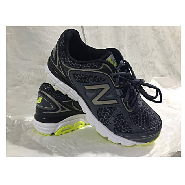 New Balance Running Shoes / Trainers