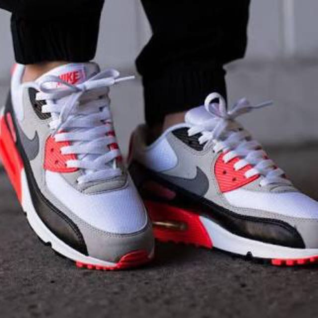 cheaper 9a534 a5594 Nike Airmax 90 OG Infrared, Women's Fashion, Shoes on Carousell