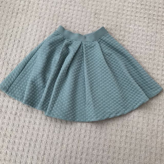 Nwt H&M skirt - size xs