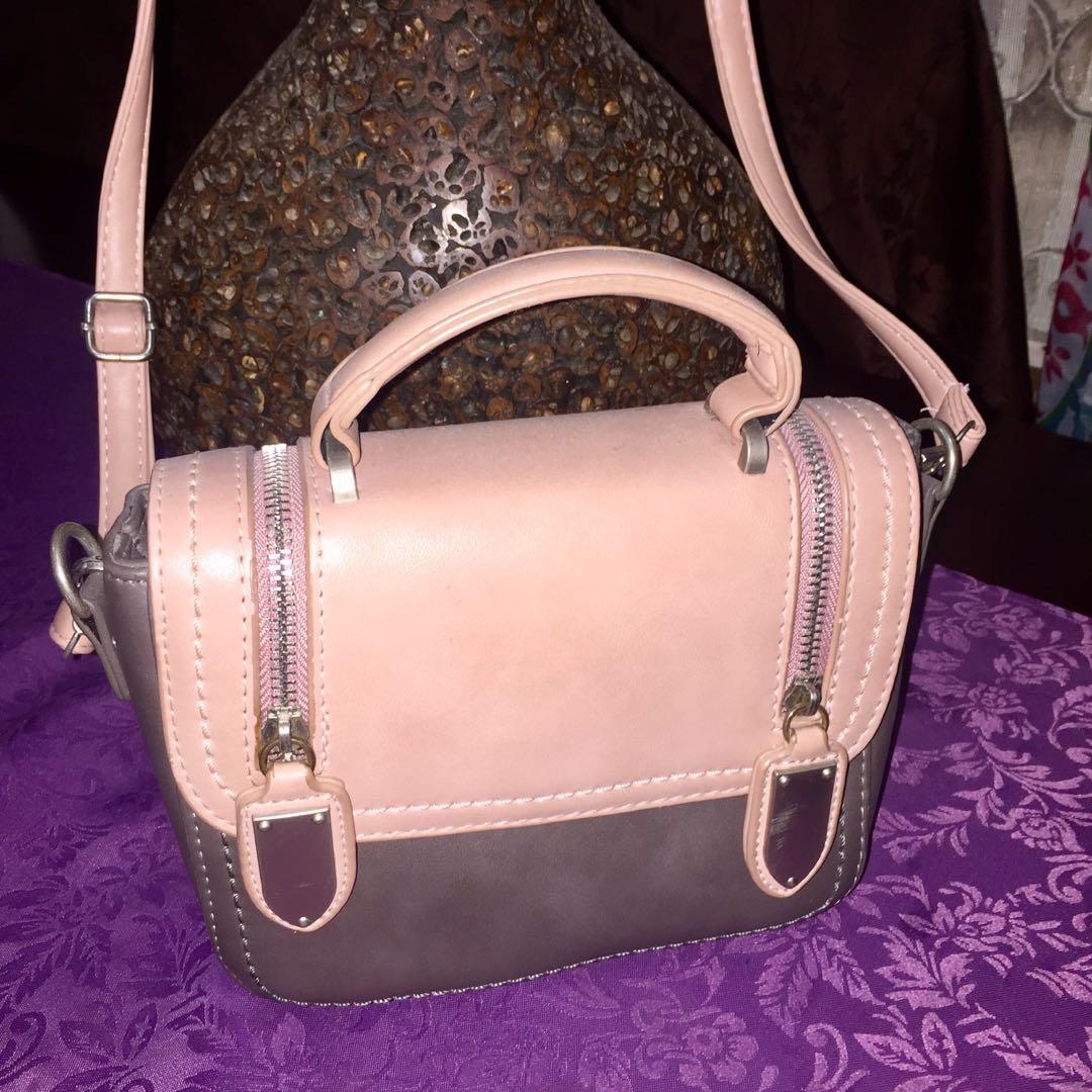 old rose sling bag