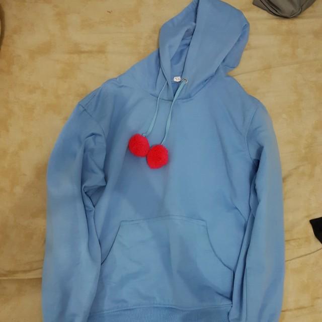 pom pom blue hoodie