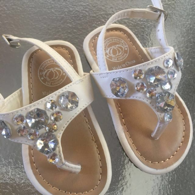 Pumpkin patch size 4 sandals