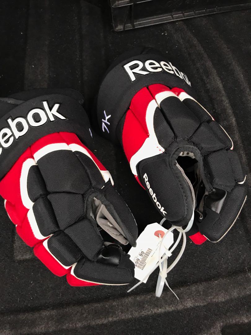 Rebook Hockey Gloves