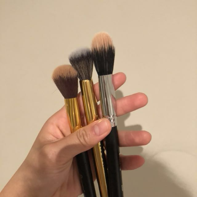 Selling Morphe and BHCosmetic brushes!