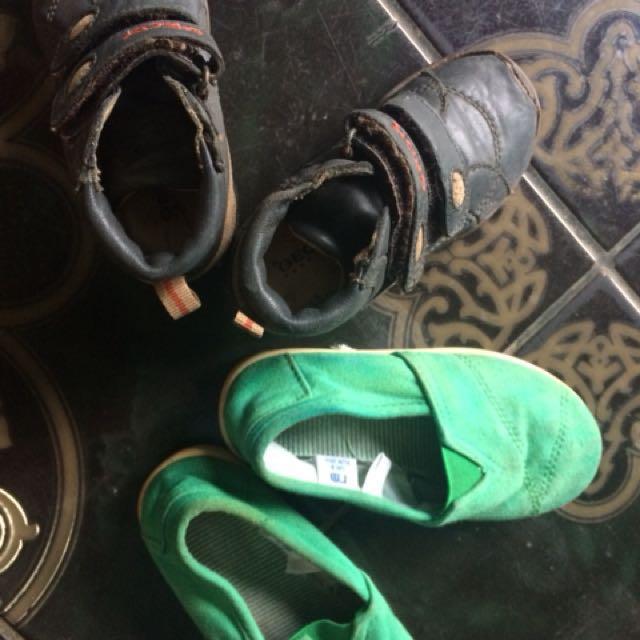 Sepatu bayi 100 dapat 2