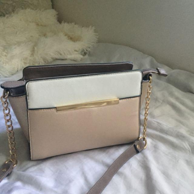Strandbags Beige Cross Body Bag