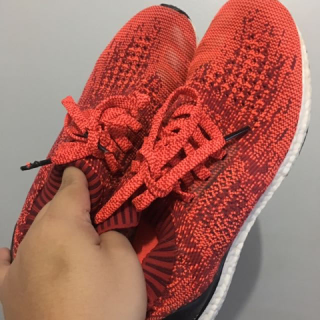 Ultraboost Uncaged Solar Red size 9.5