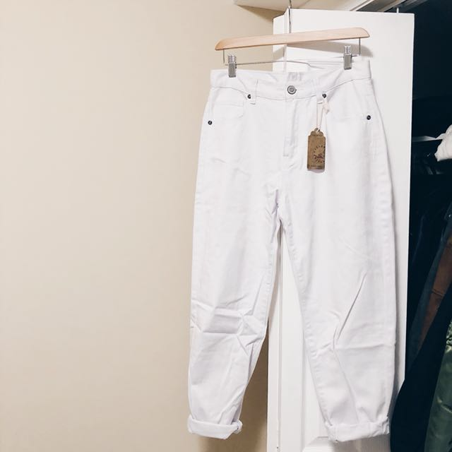 URBAN OUTFITTERS VINTAGE HIGHWAIST BF JEANS