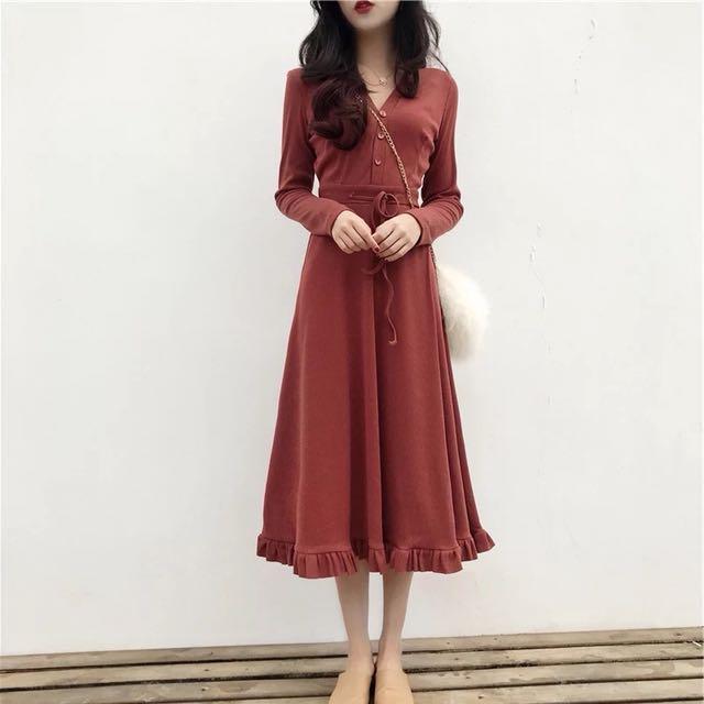 純色V領針織連身裙