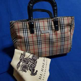SALE!Authentic Burberry Handba1g(N#BUR-02)