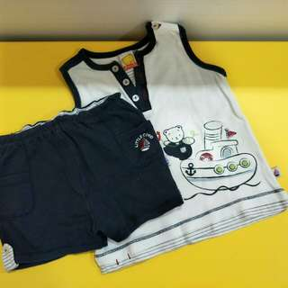 Pigeon sleeveless tshirt woth pant