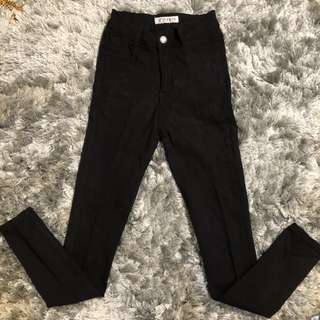 Black pants size S