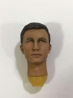 1/6 Hot James Bond Head toys