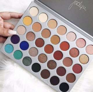 🔥⚡ FLASH SALE ⚡🔥💄 Morphe Jaclyn Hill 35 Shades Eyeshadow Palette