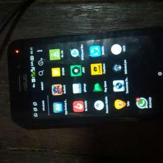 Asus Zenfone Go (X014D) RAM 1GB Internal 8GB.