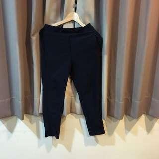 深藍彈性長褲