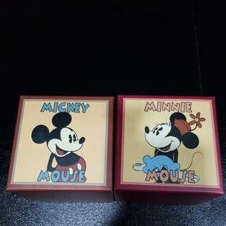 HK Disneyland Mickey Minnie Watch