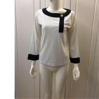 W08715 100%NEW 日本品牌米白色加黑拼色長䄂上衣(特價$199包郵,不退換)(100%真貨)