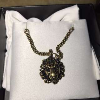 GUCCI LION CHAIN