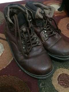 Sepatu boots john marco