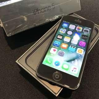 電池剛換 iPhone5 32G 盒裝 附充電頭加線 高雄可面交