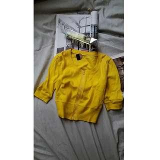黃色小外套  Size S $40