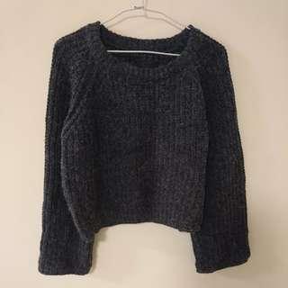 圓領寬袖喇叭袖質感針織上衣 針織毛衣