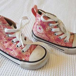 Converse (toddler size 4)