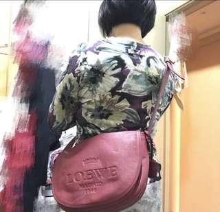 Loewe 全皮手袋